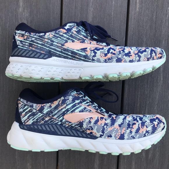 Brooks Shoes   Adrenaline Gts 19 Womens